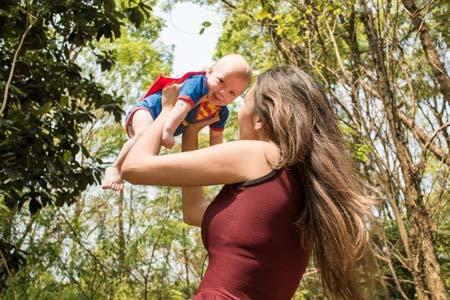 На какой день после родов и кесарева сечения выписывают из роддома маму с ребенком?
