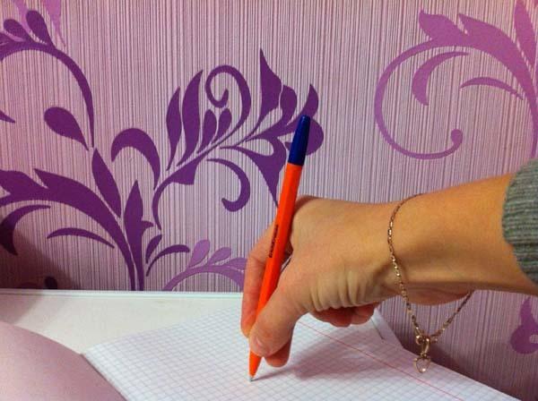 Как быстро научить ребенка держать карандаш и ручку: простые способы обучения письму