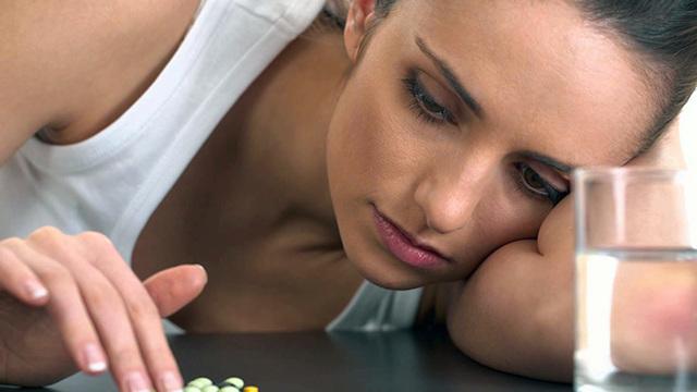 Прерывание беременности на раннем сроке: как можно прервать ее дома с помощью таблеток и народных средств?