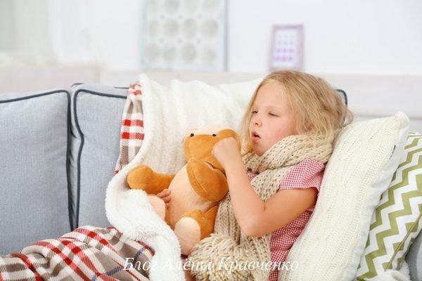 Что делать при сильном сухом кашле у ребенка до рвоты и чем лечить малыша?