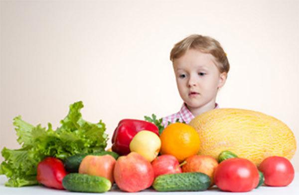 Причины шелушения и покраснения кожи у ребенка на ногах, руках, голове и способы лечения