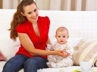 Во сколько месяцев малыши начинают ползать: этапы развития навыка у девочек и мальчиков