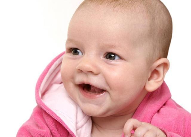 Что должен уметь делать каждый ребенок в 6 месяцев: критерии развития, навыки девочек и мальчиков
