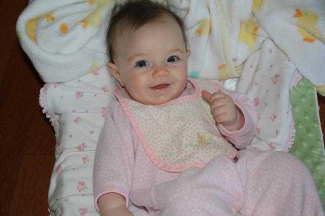Ребенку исполнился 1 месяц: нормы роста и веса, особенности развития малыша на втором месяце жизни