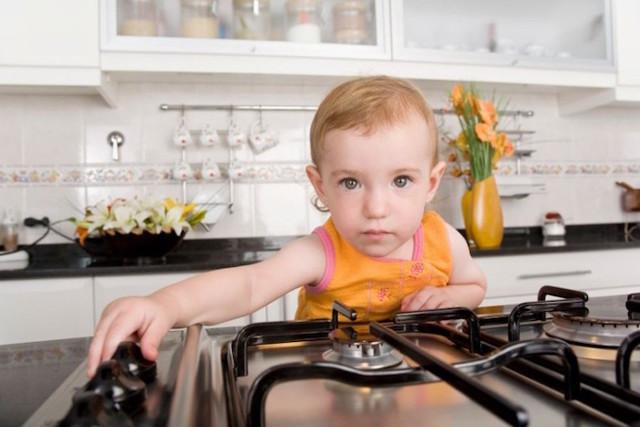 Кремы, мази и спреи от ожогов: лучшие заживляющие средства для детей до 3 лет и старше