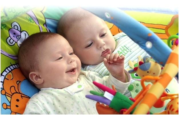 Особенности воспитания и развития близнецов: рекомендации психологов, как правильно воспитывать двойняшек