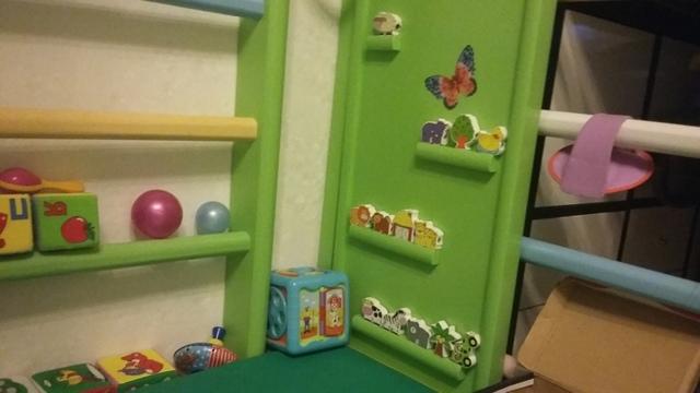 Как приучить ребенка самостоятельно играть: подбор увлекательных игрушек и организация игрового пространства
