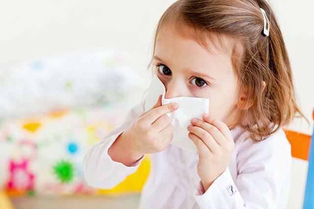 Ушные капли для лечения отита у детей: лекарства с антибиотиком, противовоспалительные, обезболивающие