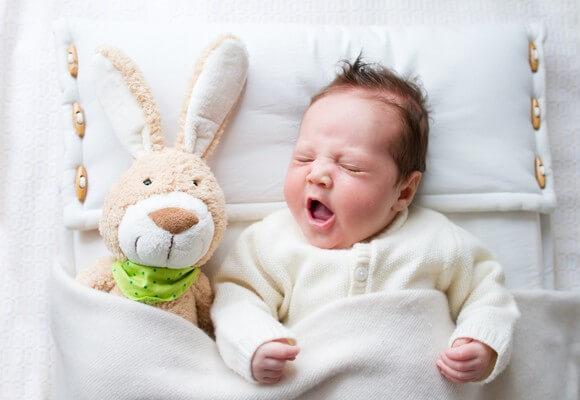 Что делать, если у новорожденного заложен и не дышит нос: причины и первая помощь ребенку